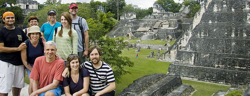 group_travel_tikal